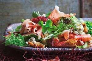 Fig, prosciutto and radicchio salad
